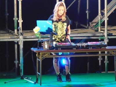 DJ CANパフォーマンス1.jpg