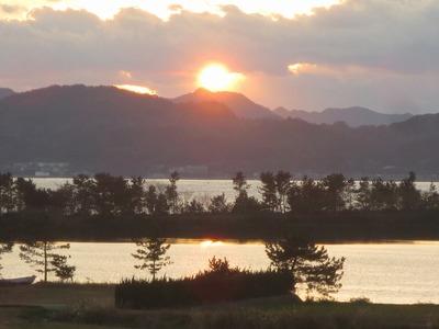 「波の橋立」の夕陽1.jpg