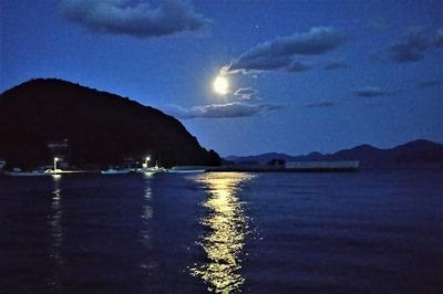 お月様2.jpg