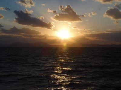 きららビーチ焼野からの夕陽1.jpg