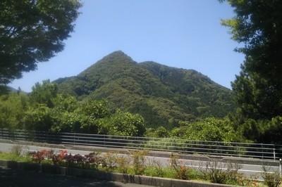 とんがり山1.jpg