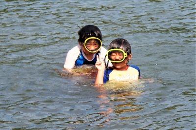 なかよし兄弟の海水浴3.jpg