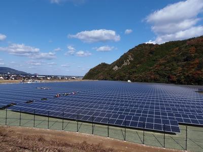 ながとスポーツ公園太陽光発電所.jpg
