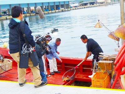 イカ釣り船2.jpg