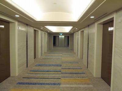 エレベーターホール.jpg