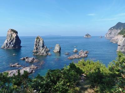 カモメ岩・十六羅漢.jpg