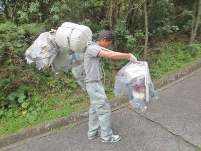 ゴミの運搬2.jpg