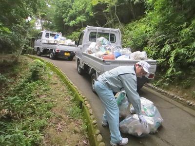 ゴミの運搬3.jpg