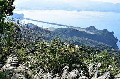 ススキと青海湖と波の橋立.jpg
