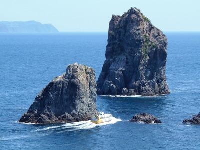 スリル満点・青海島観光船.jpg