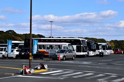 バス・マイクロ駐車場.jpg