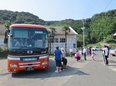 バス乗り込み2.jpg