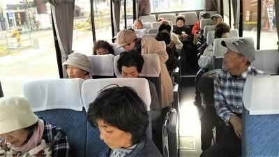 バス内.jpg