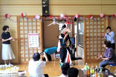 ラッパの正ちゃん日本舞踊1.jpg