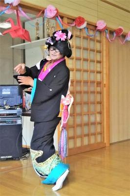 ラッパの正ちゃん日本舞踊5.jpg