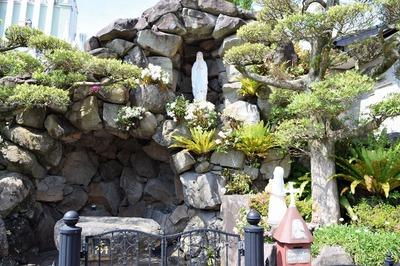 ルルドの泉2.jpg