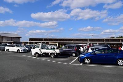 一般駐車場.jpg