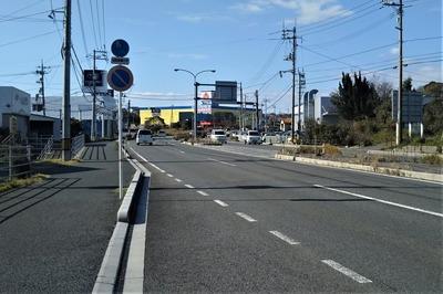 上梅田バス停下り4.jpg