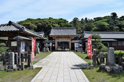 亀岡神社1.jpg