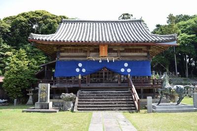 亀岡神社2.jpg