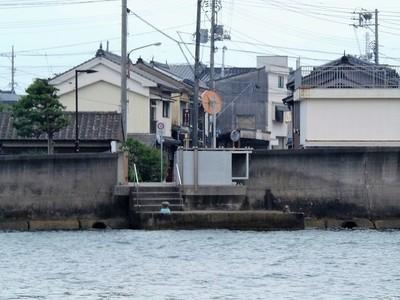 仙崎側の瀬戸の渡し場.jpg