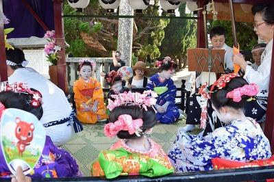 仙崎小学校児童の踊子.jpg