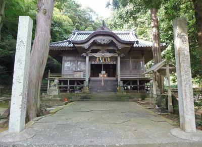 住吉神社・拝殿.jpg