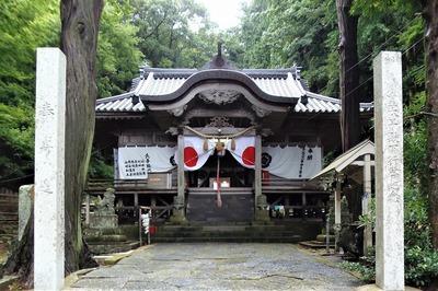 住吉神社拝殿.jpg