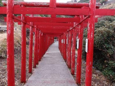 元乃隅稲成神社の鳥居2.jpg