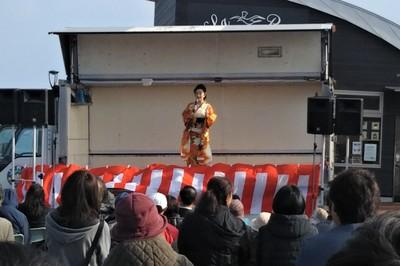 入山アキ子ショー2.JPG
