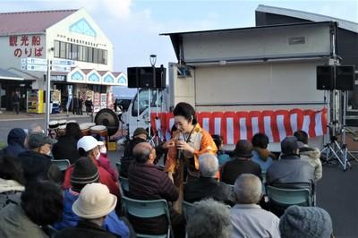 入山アキ子ショー7.JPG