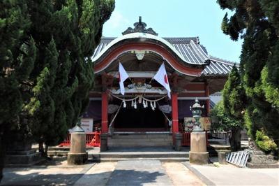 八坂神社拝殿.jpg