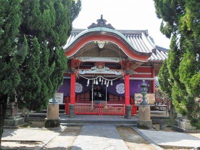 八坂神社社殿.jpg