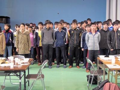 八王子東高校生徒校歌斉唱2.jpg