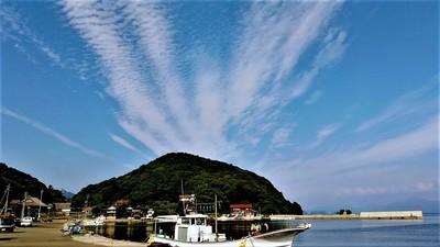 六浦山と雲3.6.19.jpg