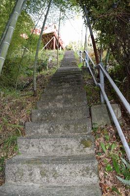 参道の階段.jpg