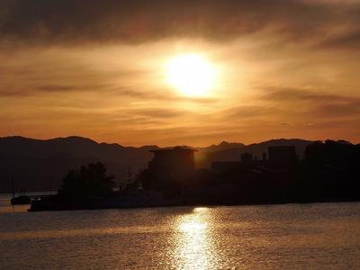 大泊港の夕陽3.jpg