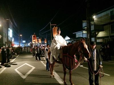 天満宮から勝間の浦のお旅所に道真公を向いに行きます.jpg
