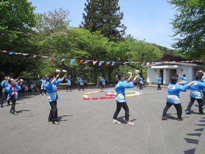 奉納踊り1.jpg