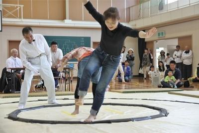 女尻相撲2.JPG