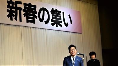 安倍晋三内閣総理大臣と昭恵夫人1.jpg