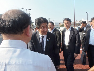 安倍総理大臣3.jpg