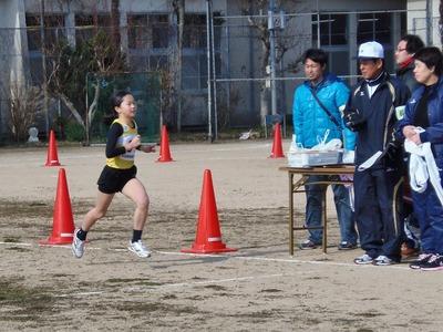 小学校3・4年生女子1.5kmの部2位.jpg