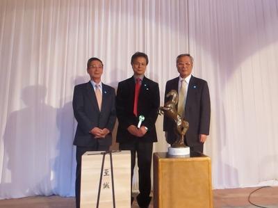 小川教授と記念撮影1.jpg
