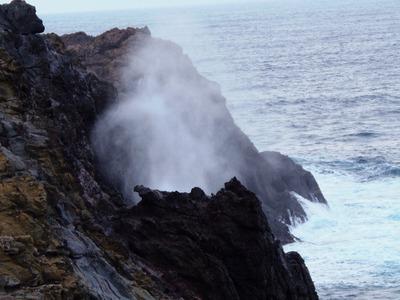 展望台下からの龍宮の潮吹2.jpg