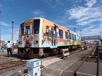 山陽小野田市の「ラッピング車両」2.jpg