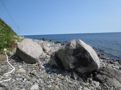 川尻の大岩.jpg