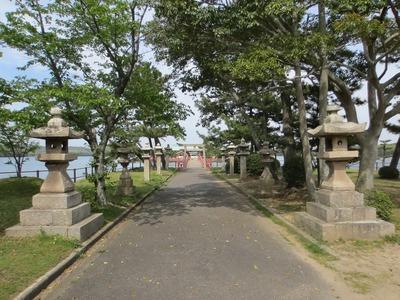 常盤神社参道.jpg