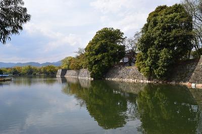 広島城の堀.jpg