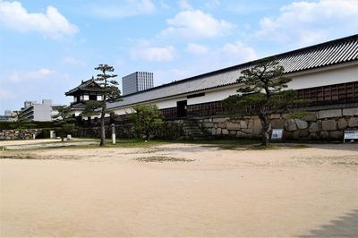 広島城跡二の丸跡.jpg
